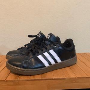 Adidas Superstars Black Size 11